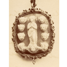 Cameo. Assumption of Mary